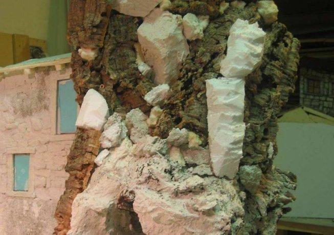 rocce con corteccia di alberi o sughero