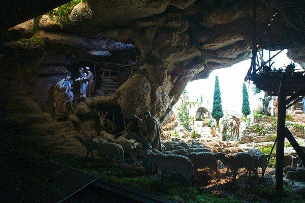 illuminare grotta presepe