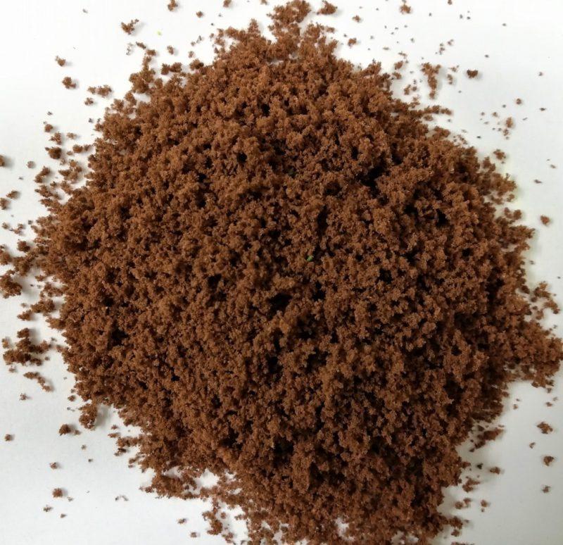 Erba grezza o foglie di cespuglio e chiome w37 Foglia di terra marrone